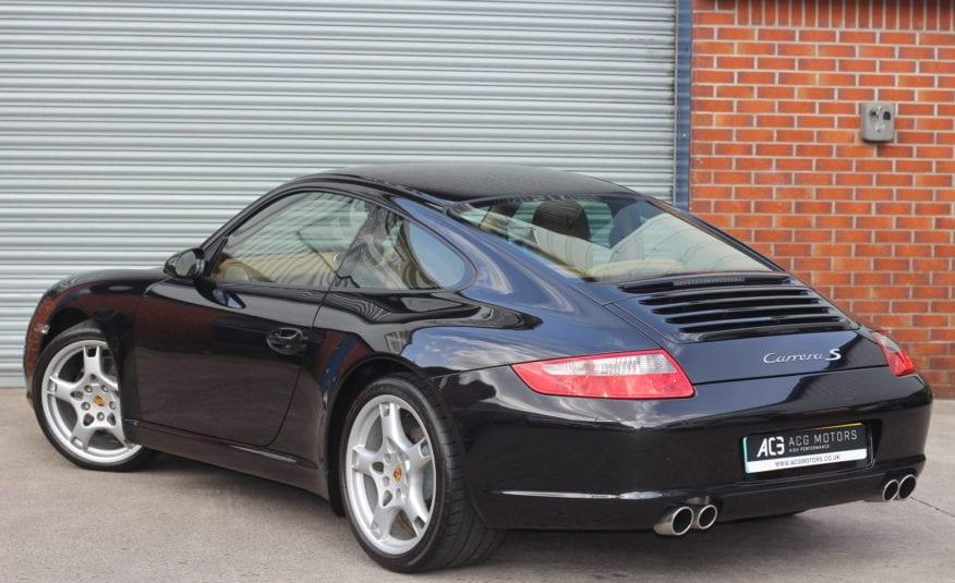 2004 (54) Porsche 911 3.6 997 Carrera 2dr