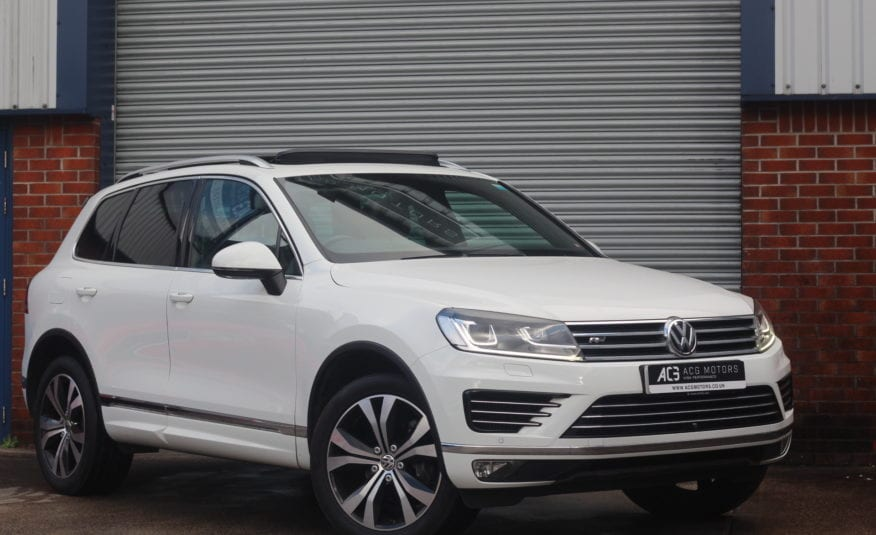 2016 (16) Volkswagen Touareg 3.0 TDI V6 BlueMotion Tech R-Line Tiptronic 4WD (s/s) 5dr