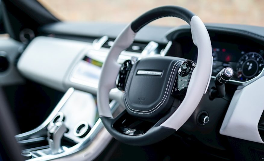 2019 (19) Land Rover Range Rover Sport 5.0 P575 V8 SVR Auto 4WD (s/s) 5dr